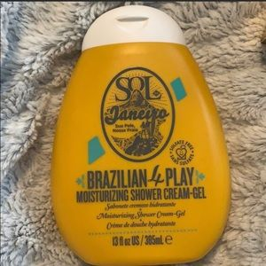 Brazilian 4 play Shower Gel + Coola Setting Spray